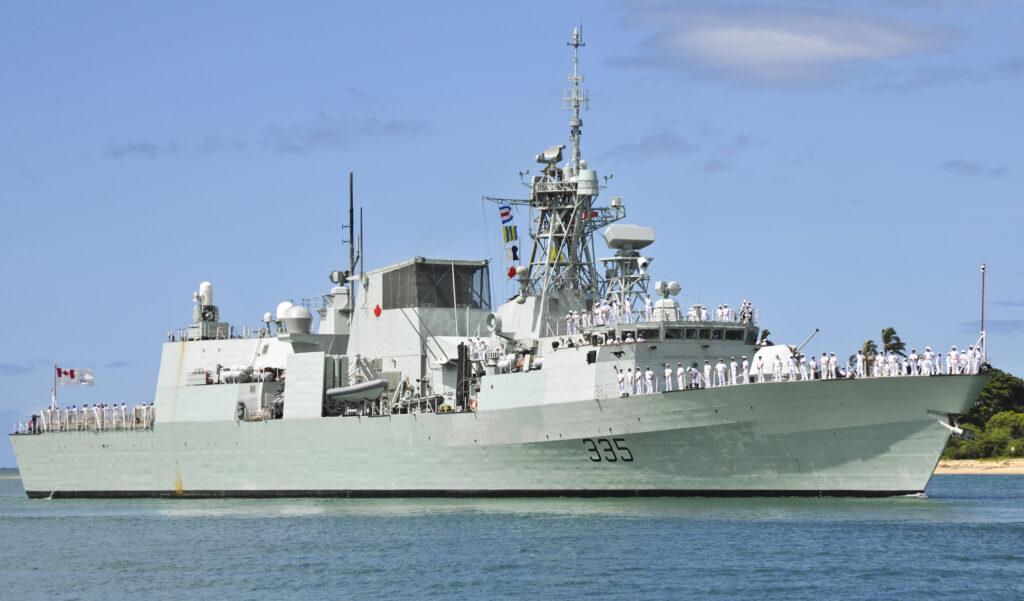 HMCS_Calgary_Halifax_class_frigate
