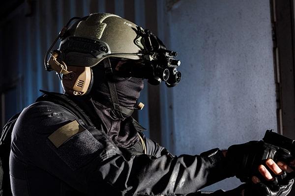 police binocular image intensifier